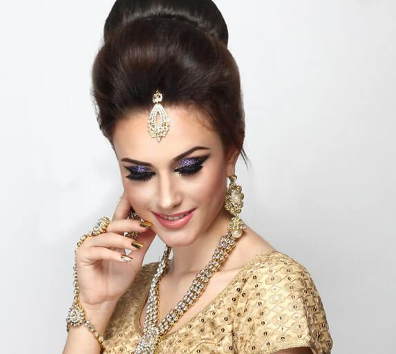 Best Makeup Courses In Mumbai | Professional Makeup Classes
