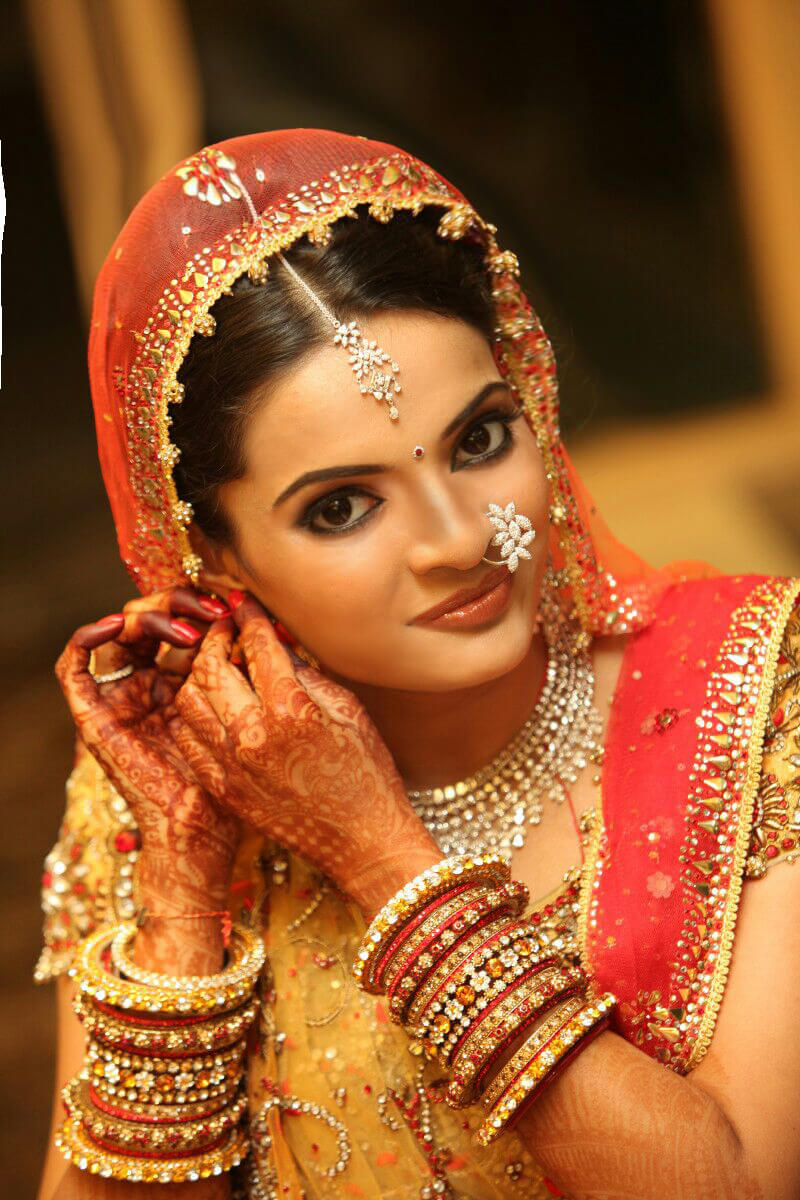 Learn Bridal Makeup from Experts at OSM